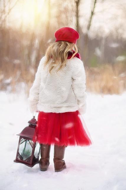 little-girl-628144_640