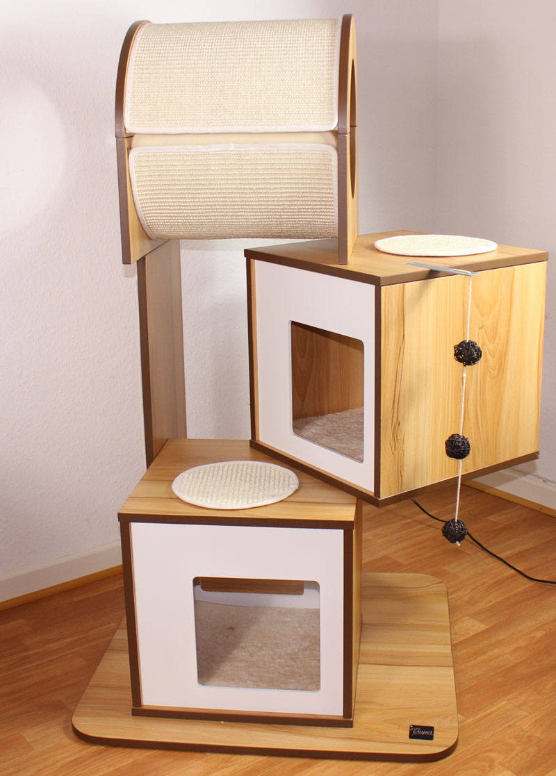 hochwertiger kratzbaum f r katzen. Black Bedroom Furniture Sets. Home Design Ideas