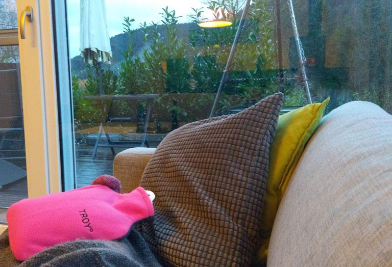 TROY kuschelige Wärmflasche Innovation ohne Verbrennungsgefahr Lifestyleprodukt Lifestyle Blog DieCheckerin.de